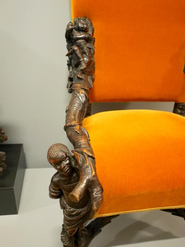 ヴロツワフ ブレスラウ  美術館 シロンスクの芸術都市 国立博物館  見事な肘掛けの彫り細工 @Muzeum Narodowe we Wrocławiu