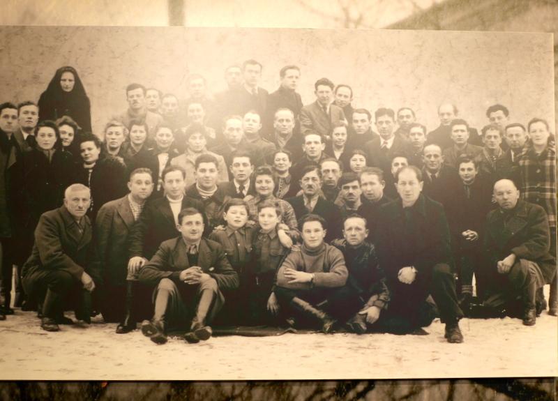 キェルツェ キエルツェ ポーランド ポグロム ヤン カルスキ協会    ポグロム以前の集合写真、この中の数名が事件で惨殺された @Stowarzyszenie im. Jana Karskiego