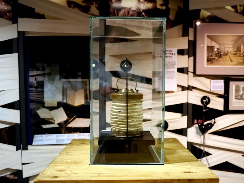 ロンドン 病院博物館  病院 フロイト博物館 聖トーマス病院 ナイチンゲール博物館 当時使われていたランプ @Florence Nightingale Museum