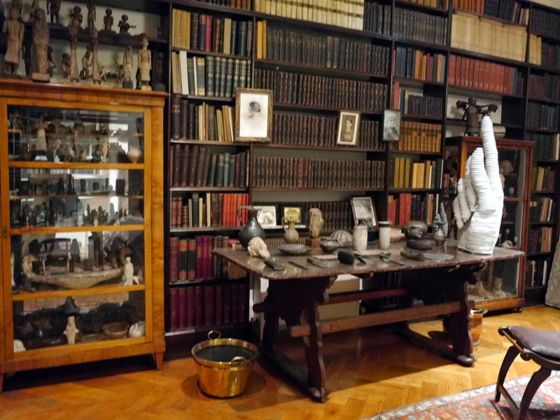 ロンドン 病院博物館  病院 フロイト博物館 聖トーマス病院  セント トーマス病院  フロイト博物館内部 @Freud Museum