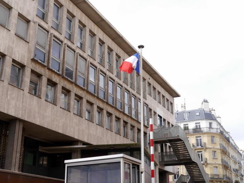 スリにあった 紛失した 安全なクレジットカードの持ち方  パリ5区中央警察署 @Commissariat central de police de Paris 5e arrondissement