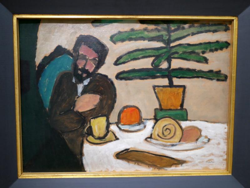ミュンヘン 美術館 コンビチケット レンバッハハウス美術館 ミュンター作「テーブルに座る男」 @Lenbachhaus