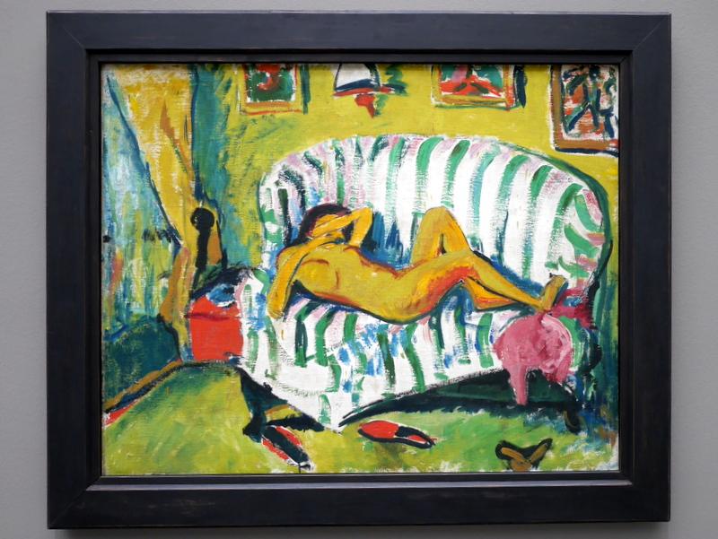 ミュンヘン 美術館  芸術の都でアートを堪能 アルテ ノイエ モデルネ ピナコテーク エーリッヒ・ヘッケル作 「リクライニングガール」
