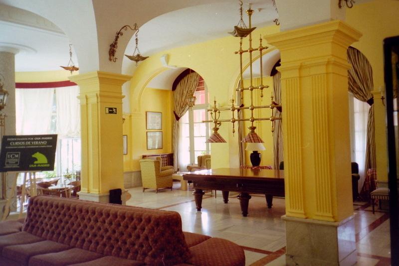 スペイン映画 ミツバチのささやき エル スール ビクトル エリセ  ホテル フェリペ二世 の内部 @Hotel Felipe II,El Escorial