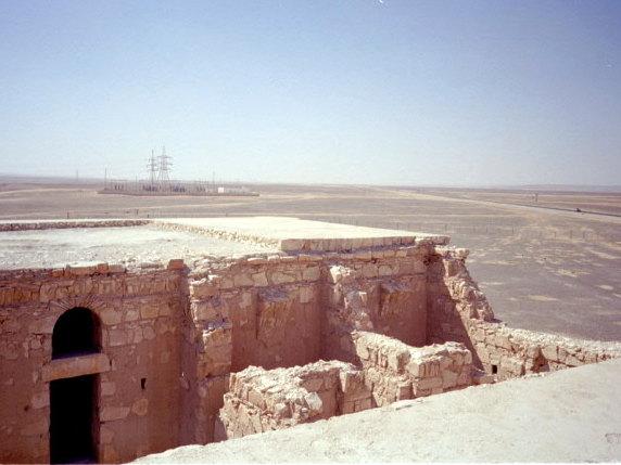 オリーブ石鹸 シリア ヨルダン 古代オリエント博物館 ハラナ城屋上 @Qasr Kharanah