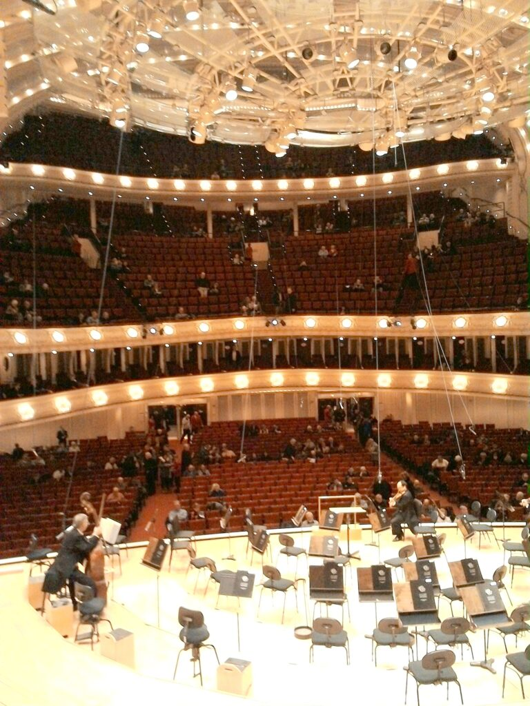 シカゴ交響楽団 オーケストラホール 急勾配の客席 @Orchestra Hall, Chicago