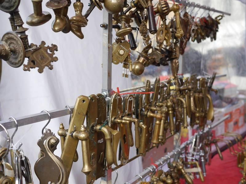 錠前や取っ手の露店 @Flohmark beim Naschmarkt ウィーン