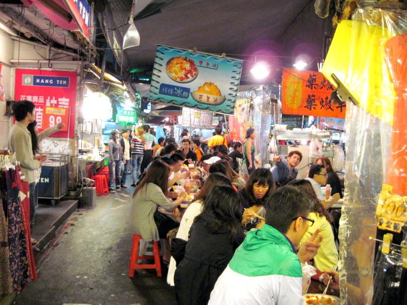 活気ある飲食屋台 @饒河街観光夜市 台湾